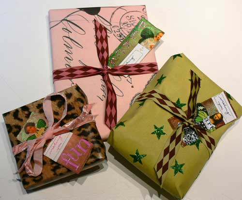 Weekly Art Challenge: Wrap More Gifts! (Dec 3, 2008)